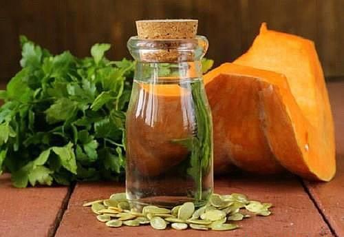 Масло тыквенное: полезные свойства, противопоказания, польза и вред