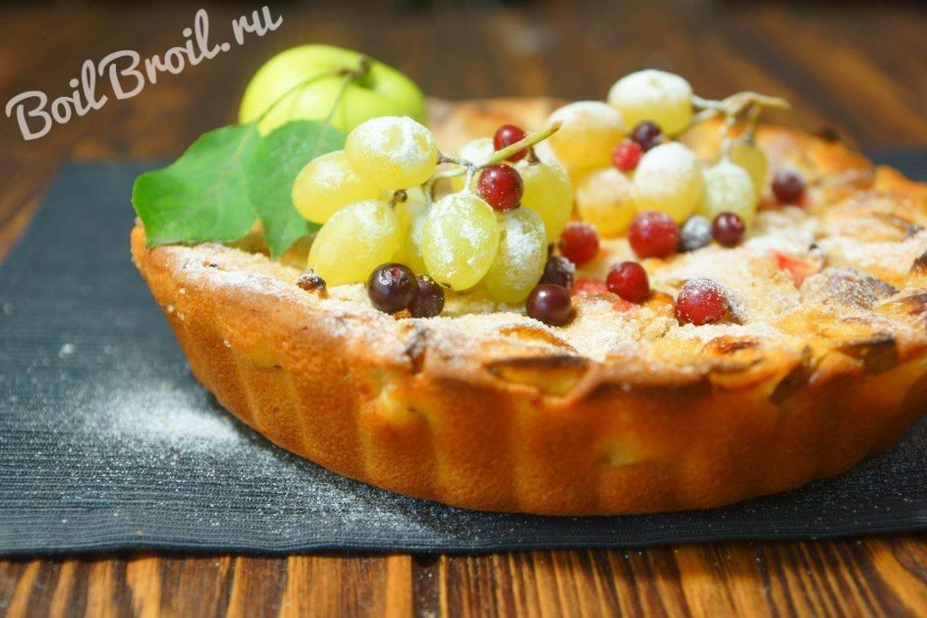 """11 простых и вкусных рецептов пышной """"шарлотки"""" с яблоками в духовке с фото и видео пошагово"""