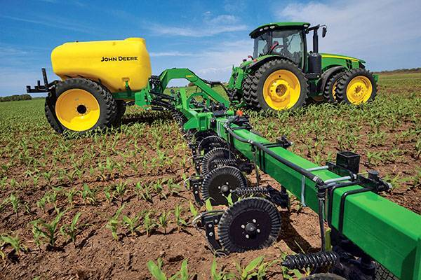 Азотные удобрения: эффективная помощь растениям