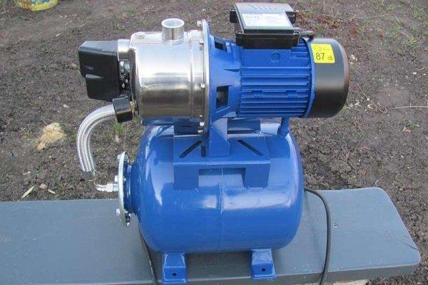 Обзор насосных станций для водоснабжения дома: схемы подключения и правила монтажа