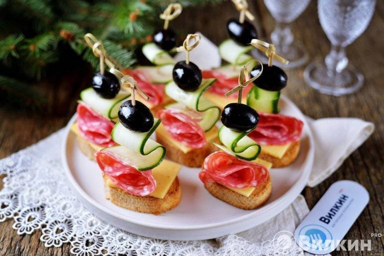 Простые и вкусные закуски на праздничный стол