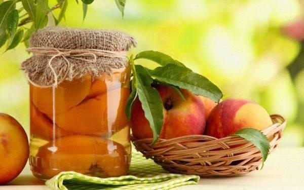 Яблоки в собственном соку: рецепты со стерилизацией и без нее