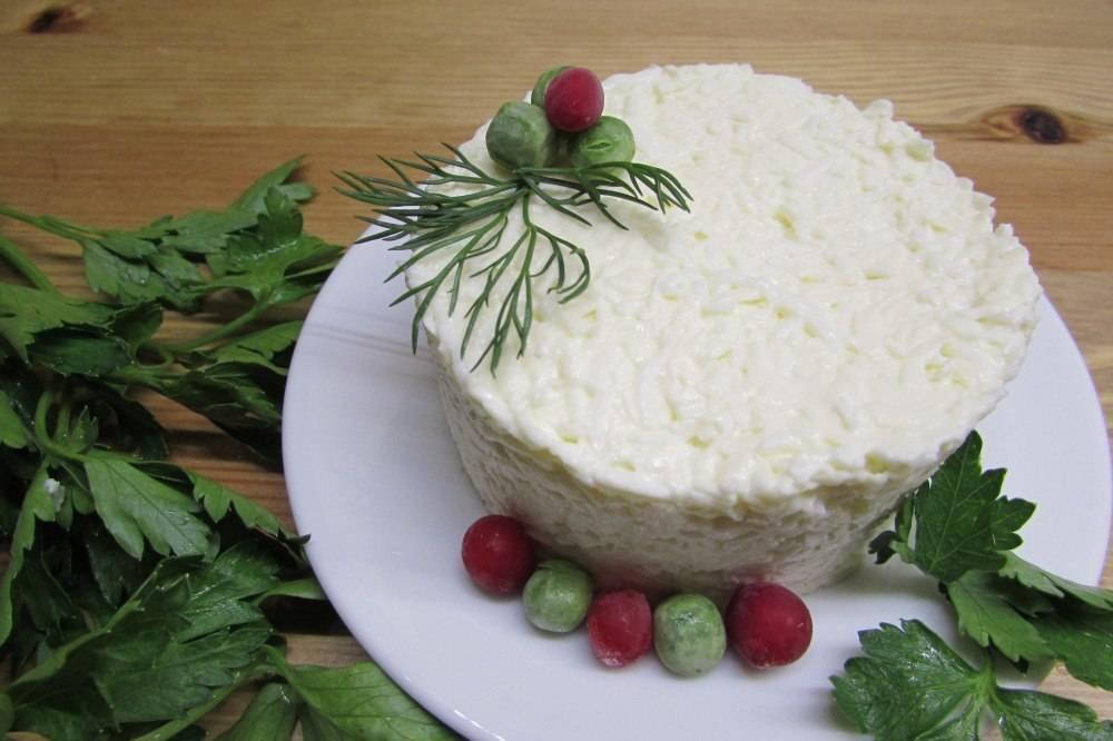 Подборка салатов с репчатым луком