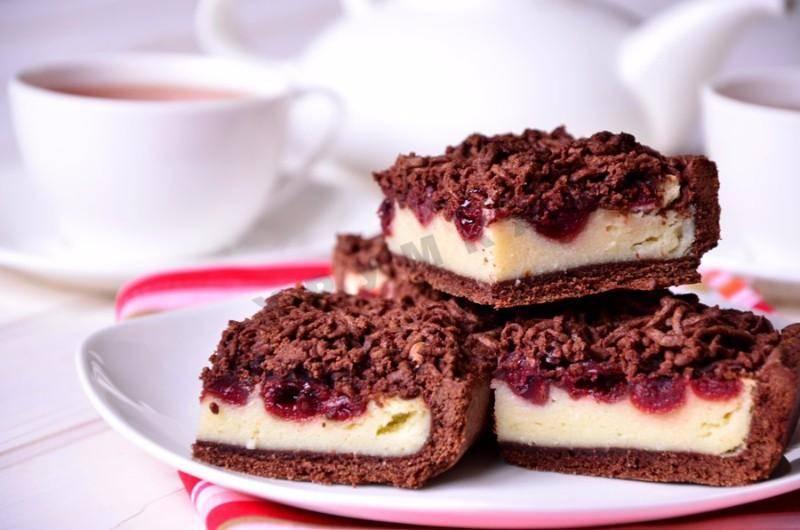 Простой и невероятно вкусный творожно-вишневый пирог. песочный пирог с творогом и вишней