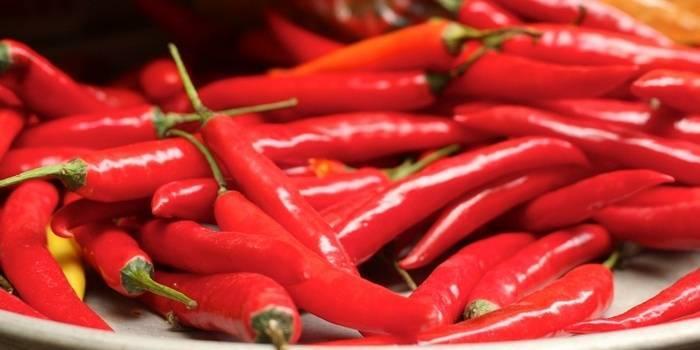 9 полезных свойств жгучего перца
