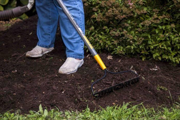 Хитрый дачный инструмент: делаем садовый инвентарь своими руками