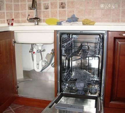 Установка посудомоечной машины bosch — монтаж и подключение по правилам