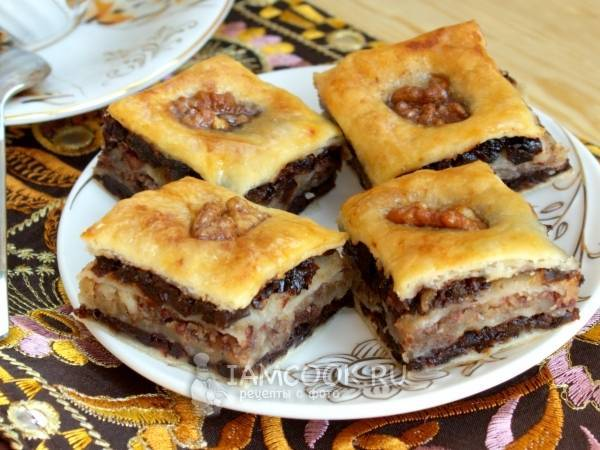 Как приготовить пахлаву в домашних условиях. рецепты пошагово с фото: турецкая, крымская, бакинская, армянская, азербайджанская, из слоеного теста, медовая