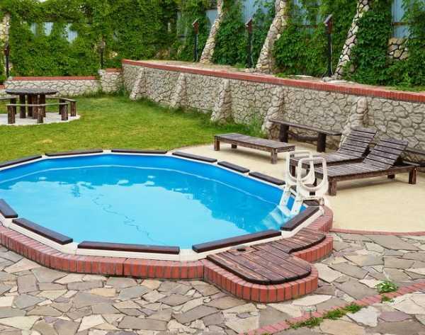 Дачный бассейн своими руками: строительство и красивое оформление