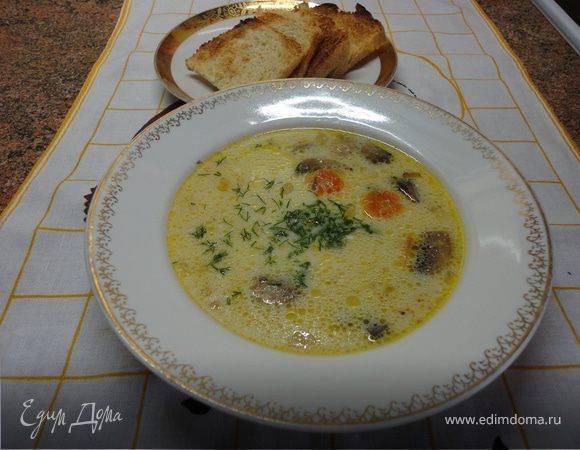 Суп из лисичек с плавленным сыром