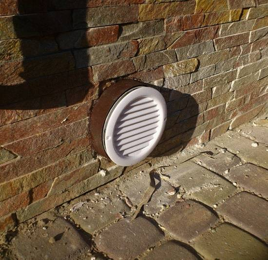 Устройство вентиляции подвала частного дома: вытяжка погреба своими руками