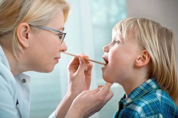 Масло туи при аденоидах у детей: полезные свойства, инструкция по применению