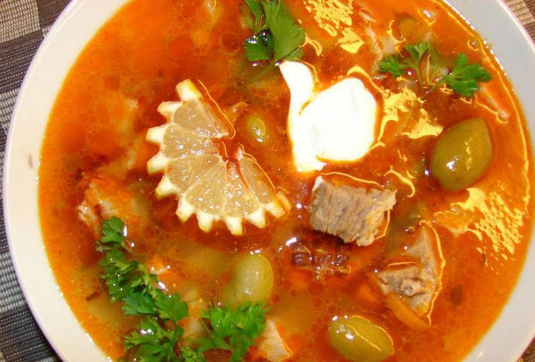 Рецепт супа солянки в домашних условиях с мясом