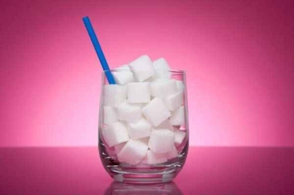 Маленькие жизненные хитрости. сколько сахара в стакане?