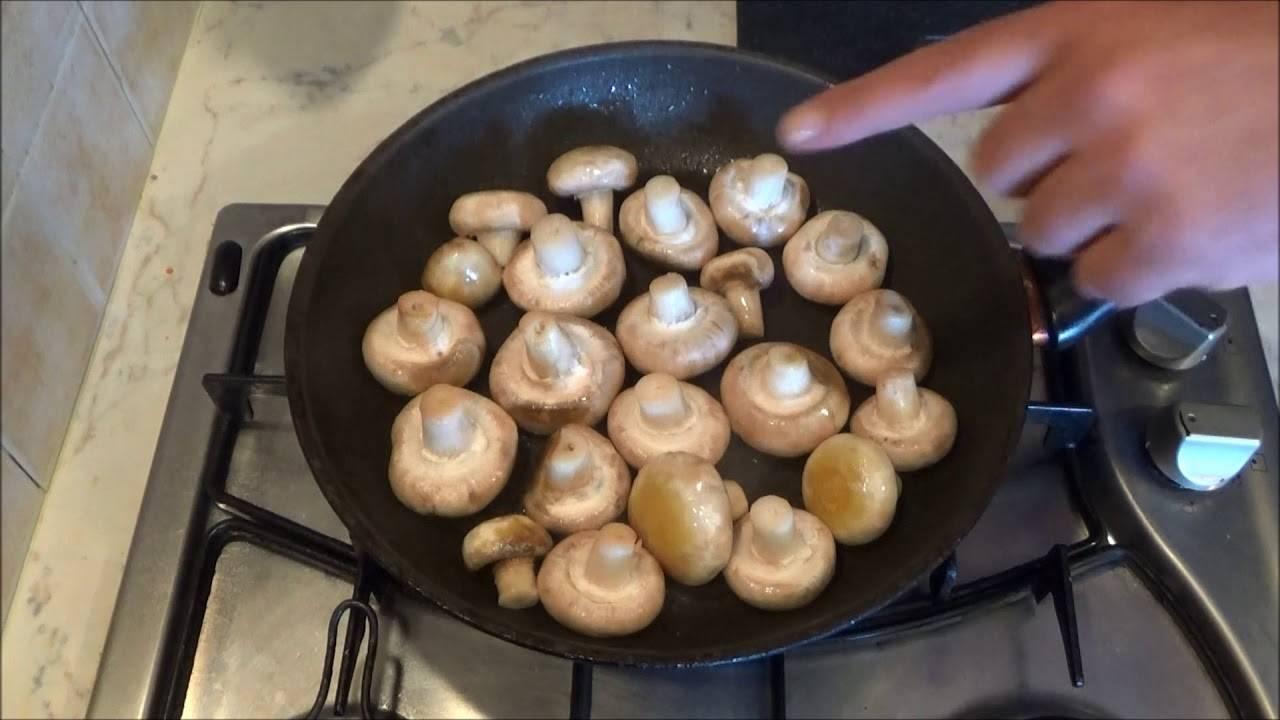 Как жарить вареные грибы