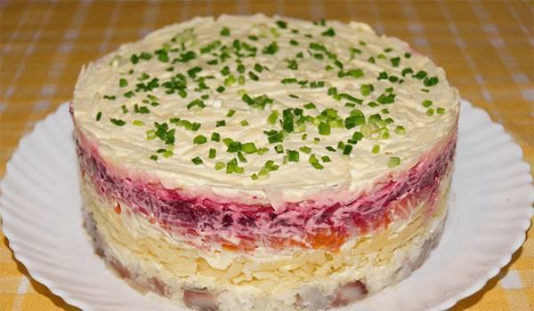 Селёдка под шубой: 9 вариаций любимого праздничного салата