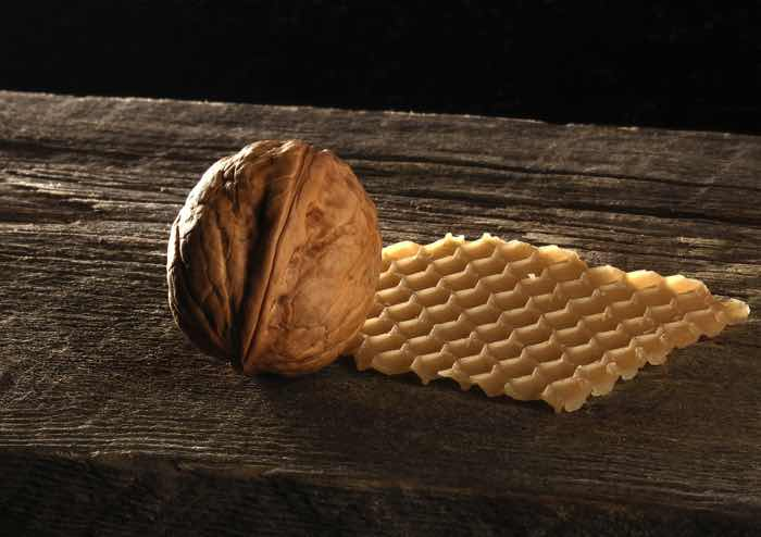 Мед и орехи для потенции и мужского здоровья