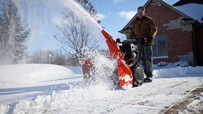 Снегоуборочный аппарат вместо лопаты: выбираем снегоуборщик для дачи
