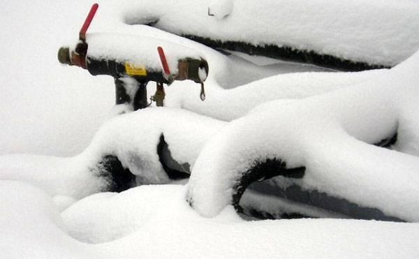 Что сделать, чтобы не замерзала вода в трубах зимой