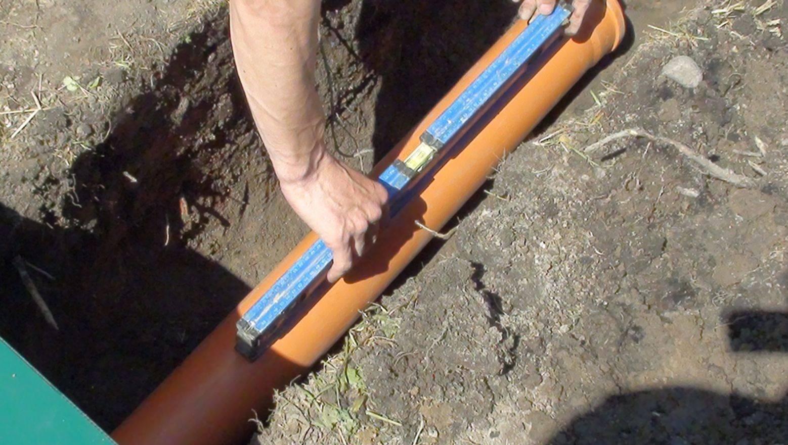 Какой нужен уклон канализационной трубы для эффективного удаления сточных вод