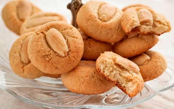 Как приготовить классическое миндальное печенье по пошаговому рецепту