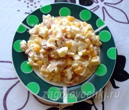 Как приготовить салат сфасолью исухариками: «хрустящие» рецепты смайонезом идиетические варианты
